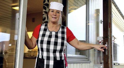 Velkommen hit: Alle som ikke har noe sted å feire julaften, er velkommen hit til Botne aktivitetssenter, sier kokk Maryan Sollie Vicent.