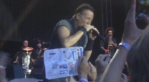 Konsert: Kristine Hjulstad fikk bruk for sin ferske legelisens under torsdagens Bruce Springsteen-konsert. Foto: Privat