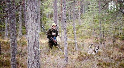 Bilde: Jegere som Frank Rustad utgjør den største gruppen av våpeneiere i Norge. foto: Lisa Rypeng