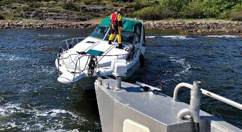Båteier fikk assistanse.