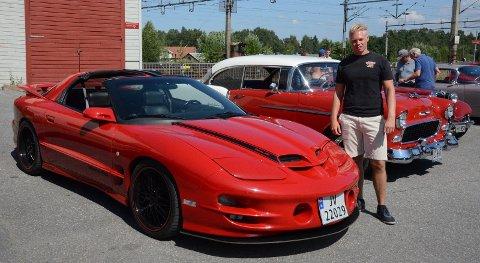 Trond Solli med sin Pontiac Trans Am.