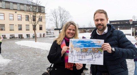 STILLER SPØRSMÅL: – Vi kan ikke slutte å stille spørsmål bare fordi Høyre synes det er nok, sier Kristin Grov og Simen Strøm, her fra tidligere avisartikkel om Hønefoss skole