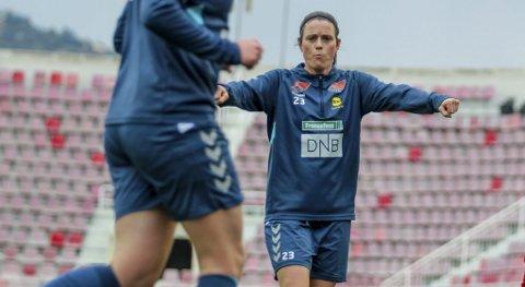 Tittel i blikket: Isabell Bachor har ti titler i norsk fotball. Lørdag vil hun ha nummer 11. Foto: Martin Holterhuset