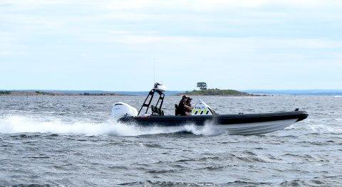 POLITIBÅTEN: Båtpatruljen har en båt som skal dekke området mellom Holmestrand og Helgeroa.