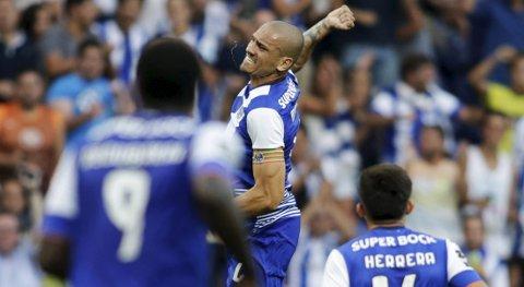 Porto må klare seg uten en skadd Maicon Pereira i dagens kamp mot Dynamo Kiev, men vår oddstipper tror likevel at Porto vinner på hjemmebane.