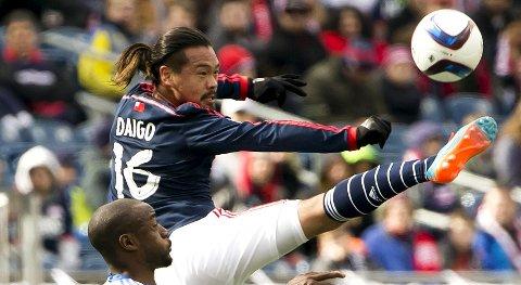 New England Revolution og Daigo Kobayashi (t.v.) kan klatre til topps i Eastern Conference om de vinner nattens kamp mot Sporting Kansas. Foto: Reuters