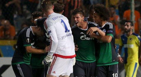 Vår oddstipper stoler på Schalke 04 og Klaas-Jan Huntelaar  i dag.