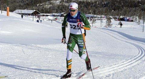 GOD: Jørgen Bertram Dyrdahl gikk tre gode renn i Hovedlandsrennet. Han var med og kjempet om medalje i dustanserennet.  foto: Arne bruenes