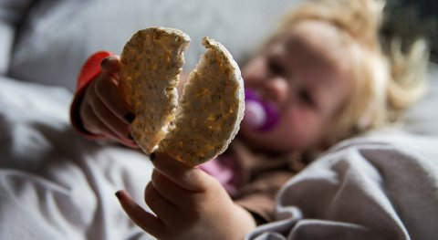 Små barn bør holde seg unna riskaker, uttaler Mattilsynet. Foto: Tore Meek, NTB scanpix/ANB