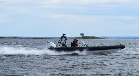 – KVINNER BØR TA STYRINGEN: Politiet gjør seg noen tanker etter en helg med patruljering på sjøen.