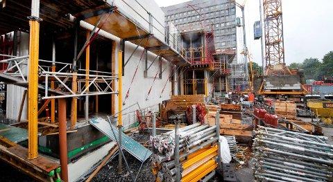 16.400 byggearbeidere kan bli tatt ut i streik.