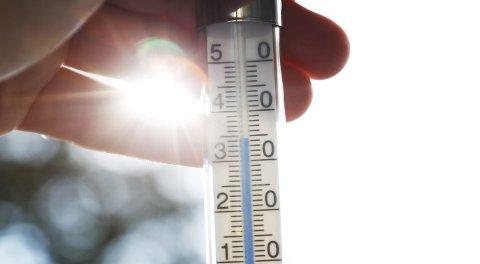Varmt: Årets julimåned ble historisk varm. Foto: Erik Johansen / NTB scanpix