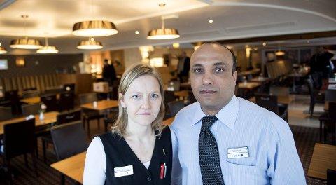 TRAFF HVERANDRE PÅ JOBB: Marianne Engevik (43) og Azeddine Boufous (44) traff hverandre på jobb på Hotel Norge. Hun er assisterende husøkonom, mens han har jobbet to år som servitør på Ole Bull-restauranten. FOTO: SKJALG EKELAND