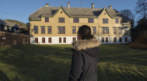 Ni år gamle «Maria» ble tatt bort fra moren og sendt til Askviknes. Det ble starten på et mangeårig mareritt.