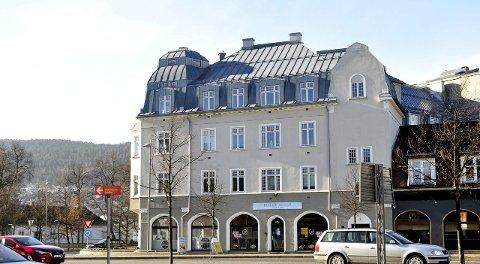 VESTBANEGÅRDEN: Er i verneklasse B, slik at fasaden ikke kan endres. Men fylkeskommunen er positiv til leiligheter på loftet.