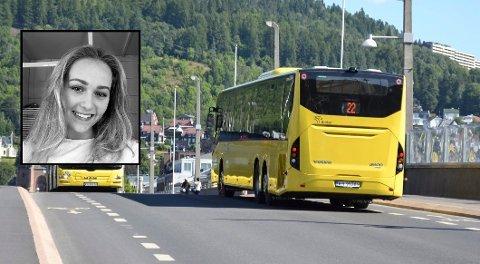 SOVNET PÅ BUSSEN: Bussjåføren låste og gikk fra bussen mens Mathilde Amdam (18) fortsatt satt på.