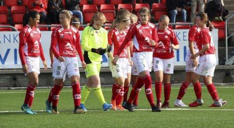 TO KAMPER: Flere av Mjølner sine spillere var i aksjon i to kamper sist lørdag – både NM jenter 16 år og damekamp.  Mjølnerdamer august 2019