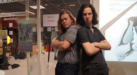 BAND: Jostein Knutsen og James Hendry (t.h.) spiller i bandet Way down the rainbow. De har vært med før og lover å gi full gass.