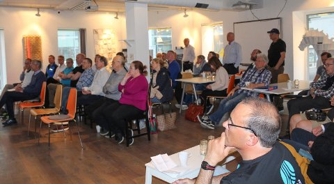 Stor interesse: Tekna arrangerte møte om jernbaneutbygging i Moss. Flere var interessert i de tekniske sidene av utbyggingen.