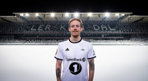 I HVITT: Fire sesonger ble det i rødt og hvitt for Åsen, før han igjen kunne ta på seg Rosenborgs helhvite drakt. Foto: Øystein Hermstad/RBK.no