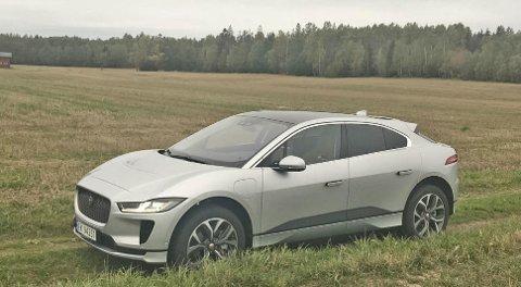 Når en elbil som Jaguar I-Pace kommer i lav hastighet, kan det være lett å ikke høre den. Derfor kommer det nå krav om lyd fra elbilene.