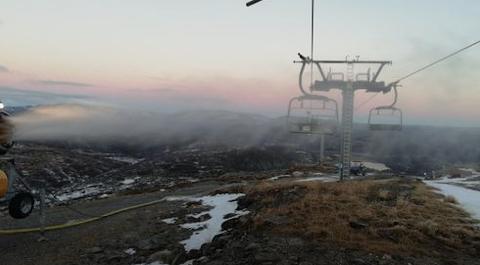 TRENGER SNØ: Nå starter snøproduksjonen i Sirdal