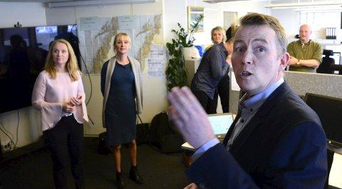 A-krim: Per Thomassen og kollegene ved det nye a-krimsenteret i Nordland fikk besøk av arbeidsminister Anniken Hauglie (H) mandag.BEgge foto: Anders Bergundhaugen