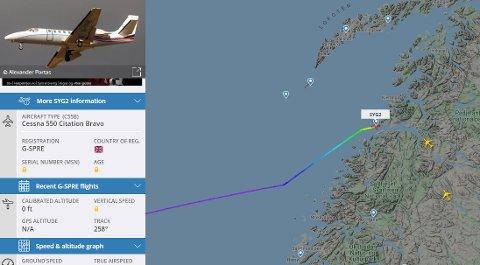 Litt etter 16.30 lørdag landet privatflyet med det som AN har fått opplyst er investorer fra et stort europeisk teknologiselskap. Disse skal være blant partnerne til den nye storsatsingen på datasenter i Glomfjord.