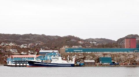 FRA HER TIL VERDEN: Egersund Groups hovedkontor er ved anlegget på Eigerøy.