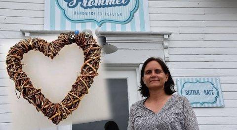 BORTE: Hjertet som pryda inngangen til Sjokoladerommet på Gravdal er vekk. Innehaver Janett Haug Larsen håper det vil komme til rette igjen.