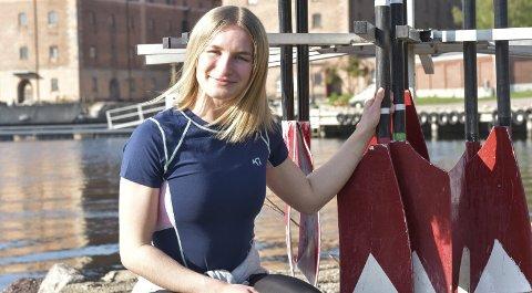 SATSER I LETTVEKT: Mia Falch trener mye og hardt for å hevde seg innen rosporten.