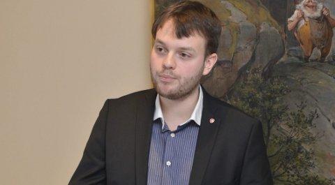 Emil Tomasgard: Var svært aktiv i debatten og fekk brei semje for sitt forslag om at handlingsplanen mot sosial dumping som skal utgreiast, skal bygge på Skiensmodellen og stille krav til tilbydarar når det gjeld lærlingar.Arkivfoto