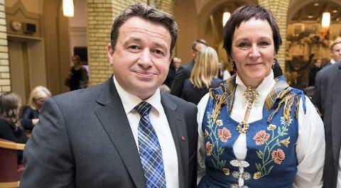 FIGHT: Kjell Idar Juvik (Ap) og Margunn Ebbesen (H)  skal slåss om velgerne i Nordland neste år. Bildet er fra åpningen av Stortinget i 2013. FOTO: John Christian Nygaard