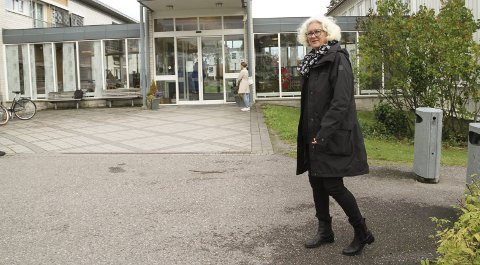 MÅ TA TAK: Mona Pettersen er kommunalsjef innenfor helse og velferd. Nå ser hun på mulige kutt i tjenestetilbudet foran neste år.  Foto: Lars Ivar Hordnes