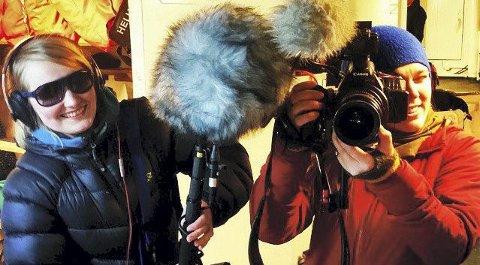 FILMTEAMET: Gry Elisabeth Mortensen (t.v.) og Trude Berge Ottersen i Koko Film har laget dokumentarfilmen «Sealers». 16. mars kommer de til Kongsberg. Foto: Koko Film