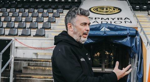 REAGERER: Daglig leder Frode Thomassen har lite til overs for Mikael Dorsins siste utspill.
