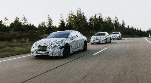 PÅ REKKE OG RAD: Mercedes har for tiden stor suksess med sin elektriske SUV EQC i Norge. Men snart kommer det flere nyheter uten utslipp, som kan bli svært aktuelle for det norske markedet.