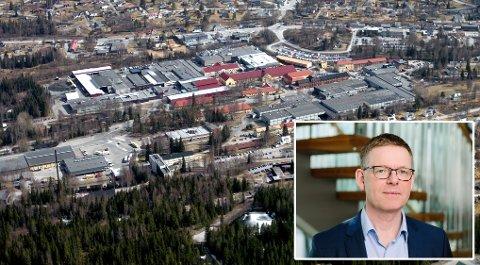 ALVORLIG: Regiondirektør Jon Kristiansen i NHO Innlandet tror konsekvensene blir alvorlige om innreiserestriksjonene forlenges.