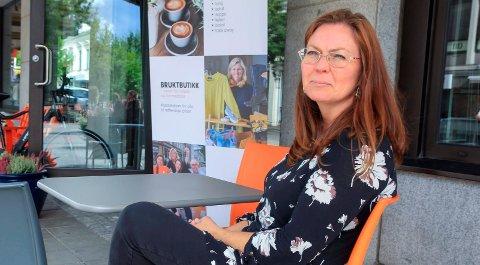 GIR SEG IKKE: Linn Schistad Camara (SV) har ikke tenkt å gi opp kampen for å bevare Stridsklev ungdomsskole, men tror det blir vanskeligere nå som Sp har blitt enige med samarbeidspartiene om å la tidligere bystyrevedtak ligge.
