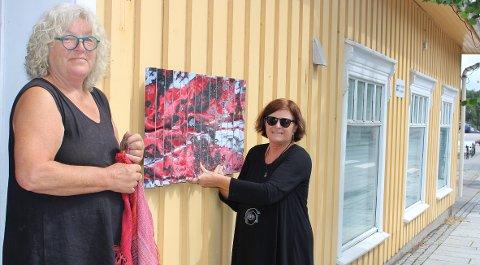 Torsdag formiddag åpner porsgrunnsdamene Elle Flogstad og Else Ljådal galleributikk like ved torget i Langesund.