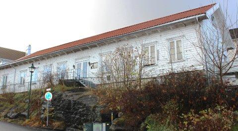 Bamble kommunestyre har vedtatt detaljregulering av Rådhusplassen på Sathelle som innebærer at det gamle velhuset reguleres til boligformål.