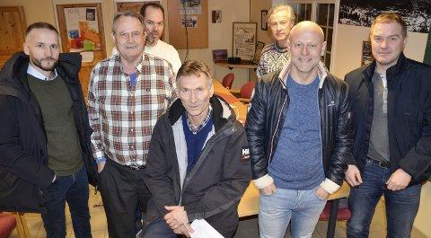 DET NYE STYRET: Trond Jøran Pedersen blir leder av Fageårsbakkene AS. Med seg i styret har han Lars Nygård (t.v.), Per Waage, Knut Magne Risvik, Håkon Nordbakken, Stein Kyrre Ulstad og Ståle Indregård.