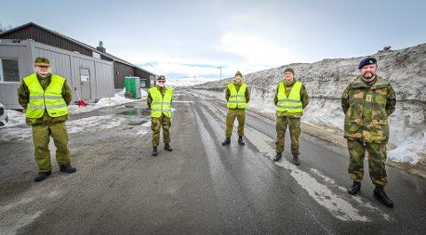 HV 14 Heimevernet og kaptein Morten Myrvang har holdt vakt ved grensen i Umbukta. Mandag var de ferdige med oppdraget.