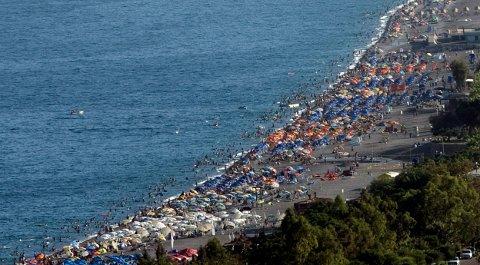 DROPPER TYRKIA: Mange velger bort Tyrkia når de bestiller feriereise.  FOTO: REUTERS/Fatih Saribas