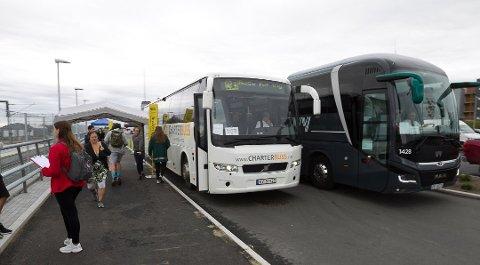 REISETORGET: Bussen går til Bryn, hvor du må bytte ti T-bane for å komme til Oslo S.