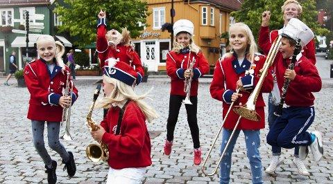 Musikk når du minst venter det: Drøbak-Frogn skolekorps er trukket ut som et av 20 korps til prosjektet «Korps på friluftstur». Arkivfoto: Helene Remøy