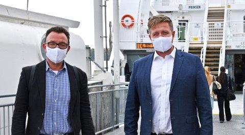 FEIL FOKUS: Nesodden-ordfører Truls Wickholm (til høyre) og kommunikasjonssjef Stein Bjørnbekk mener det er feil fokus når de daglige smittetallene i kommunen får så stor oppmerksomhet.