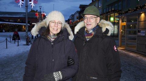 Klar for 2018: Ekteparet Linda Berg og Arne Kjøndahl fra Bodø planlegger å bruke mye tid med sine nærmeste i det nye året. Foto: Heidi E. Larsen