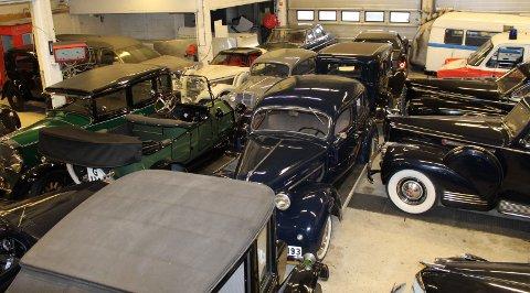 Bilsamlingen til Stig Otto Nilsen og Stadssalg vokser stadig. I dag teller samlingen over 200 biler.