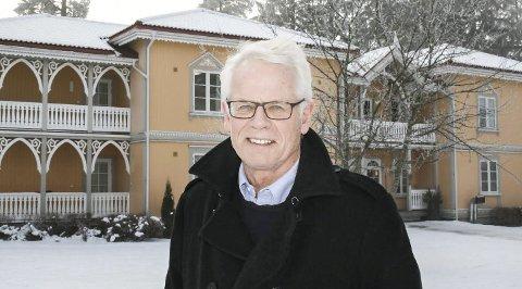 På tå hev: Ole Johan Sandvand vet det blir hektiske dager nå fram til sommeren. Men fullt trykk og aktivitet gjør han bare mer kvikk.